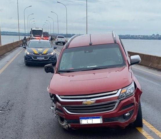 Caminhonete roubada em Marechal é recuperada pela PRF quase na fronteira