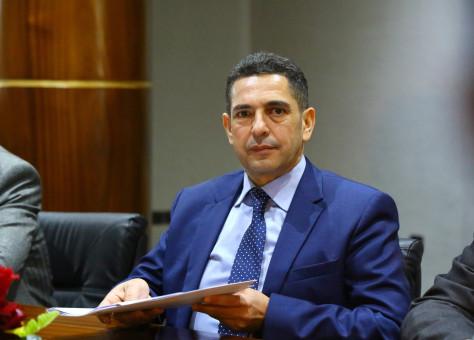 نقابة تراسل أمزازي بشأن اقتطاع أجور موظفي الوزارة في وضعية استشفاء