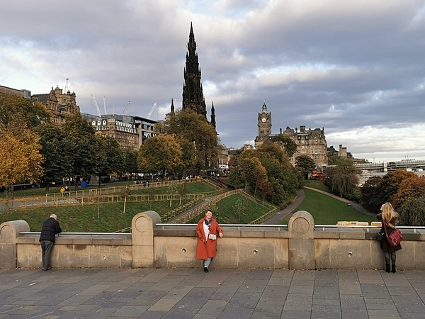 Monumentul-Scott-Edinburgh