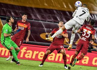 يوفنتوس يتعادل بصعوبة امام روما 2-2 وكرستاينو رونالدو يتعادل لليوفي الدوري الايطالي