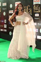 Prajna Actress in bhackless Cream Choli and transparent saree at IIFA Utsavam Awards 2017 030.JPG