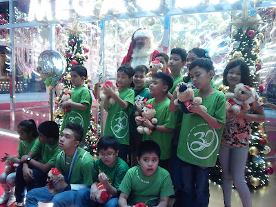 SM Holds Santa Meet-and-greet for Kids with Autism