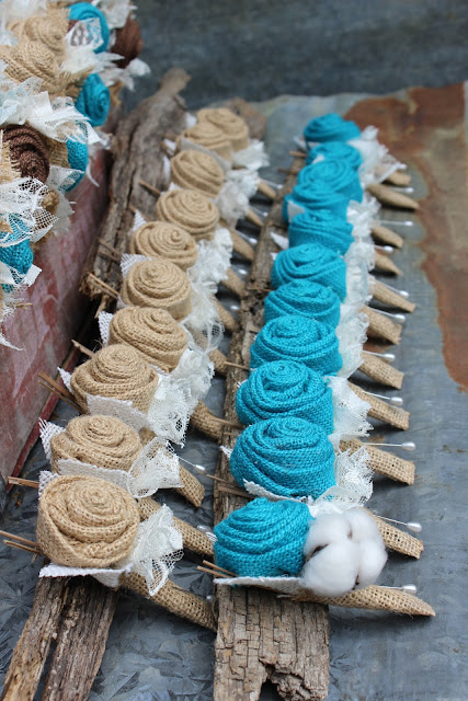 burlap and lace boutonnieres