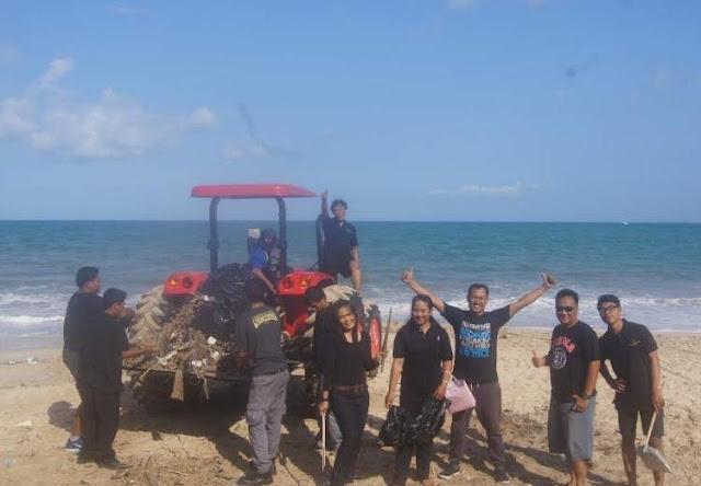 Clean_Beach_oleh_Jimbaran_bay_beach_resort_and_spa_2018