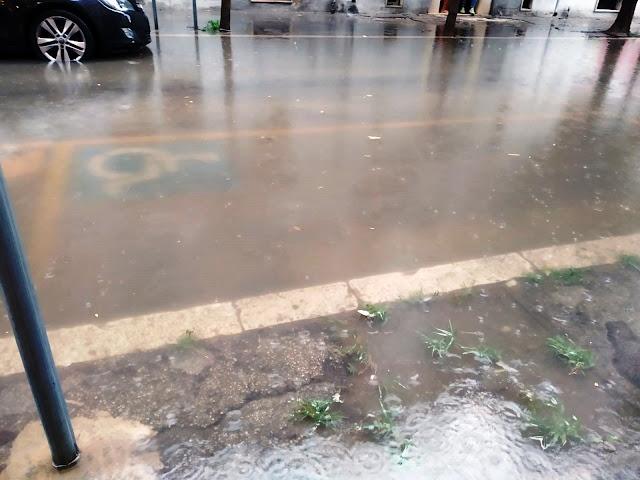 Foggia in ginocchio. [VIDEO] Nubifragio allaga la città. Molti disagi