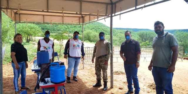 Itaetê instala barreiras sanitárias nas principais entradas da cidade para combater o Coronavírus