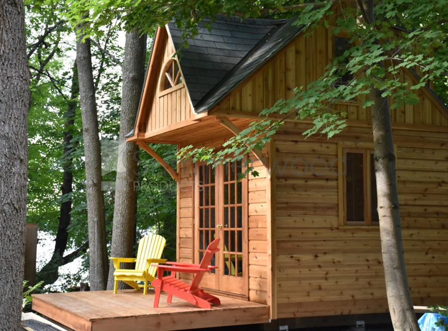Offgrid Life 10 X 10 Cedar Tiny Cabin Kit For 9 800 Cdn