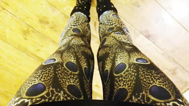 Project 366 2016 day 280 - Peacock yoga leggings // 76sunflowers