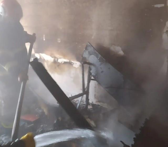 Çocuklar ateşle oynayınca ev yandı