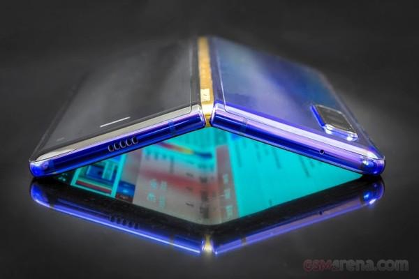 أخيرا.. تسريب صور و معلومات عن Galaxy Fold 2 الجديد