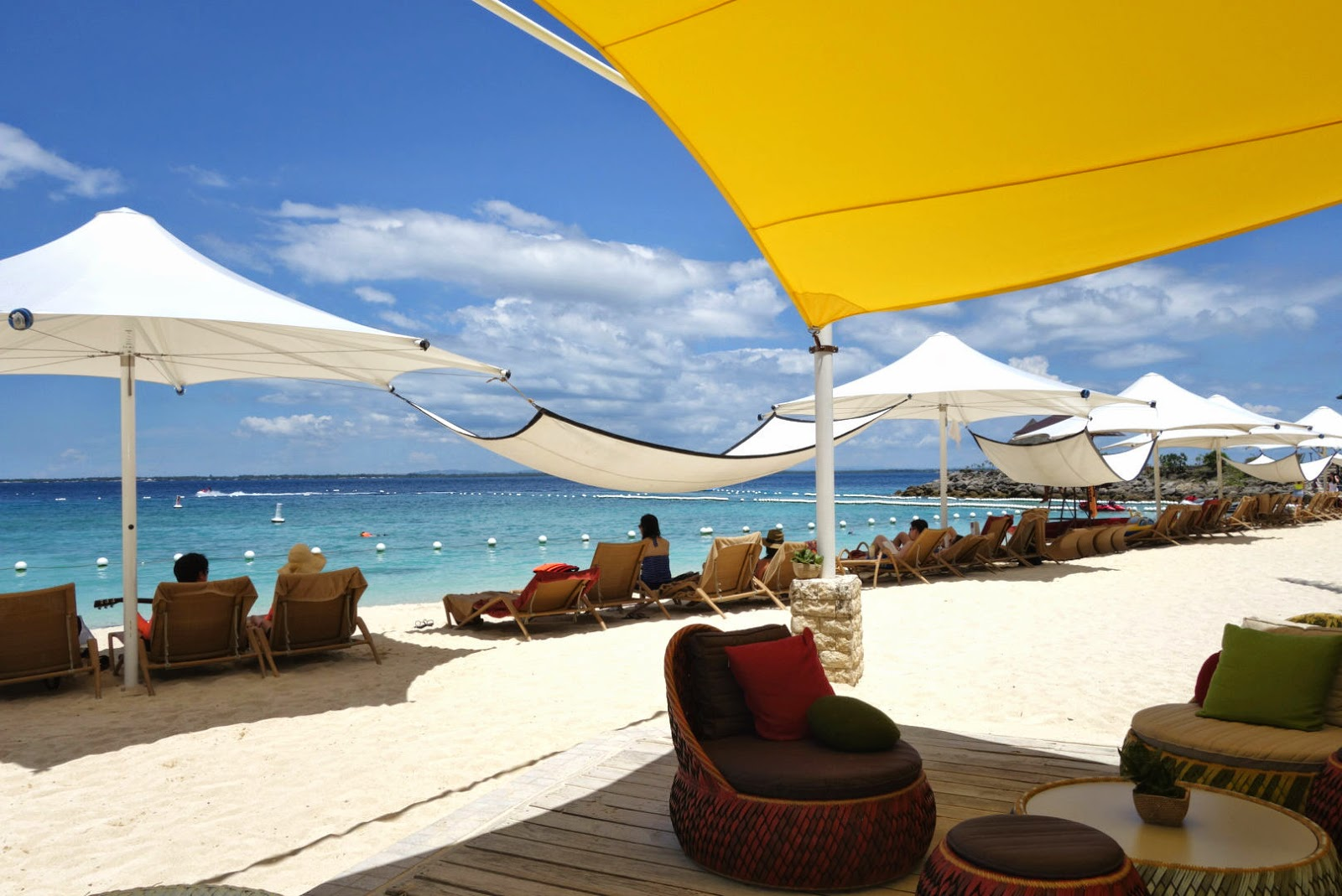 Breeze Bar, Shangri-La's Mactan Resort and Spa, Cebu, Philippines