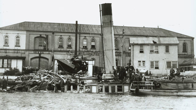 Australian ship sunk in Sydney Harbour, 31 May 1942 worldwartwo.filminspector.com