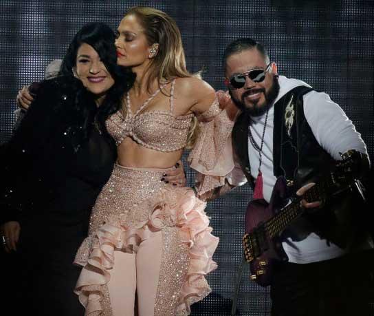 Irmãos de Selena com Jennifer Lopez show