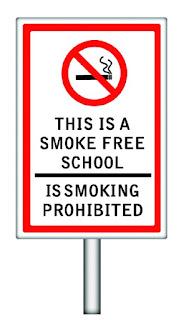 notice atau peringatan no smoking, dilarang merokok