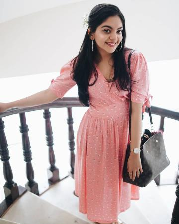 Ahaana Krishna  IMAGES, GIF, ANIMATED GIF, WALLPAPER, STICKER FOR WHATSAPP & FACEBOOK