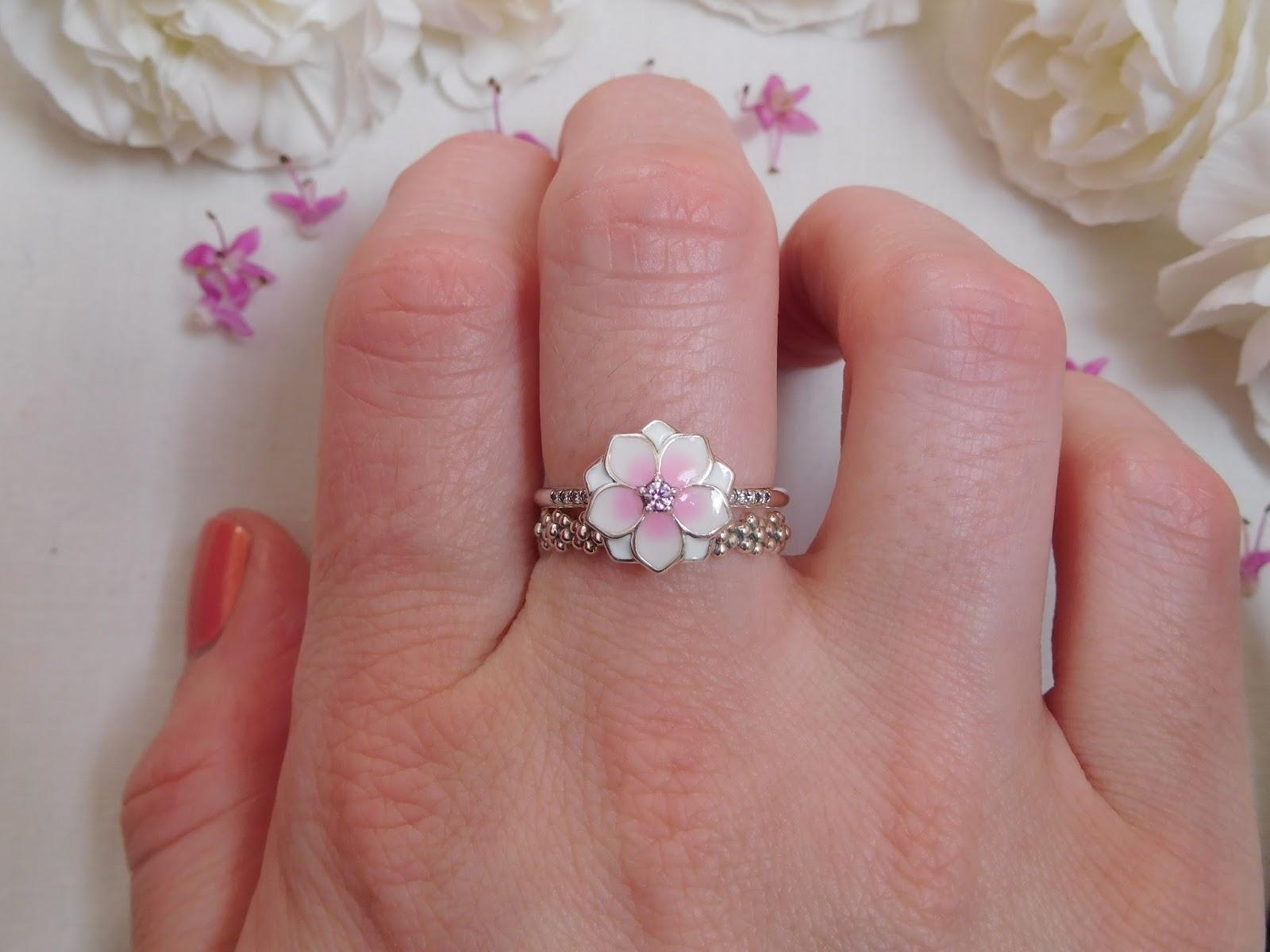 Pandora Magnolia Bloom Pendant Spacer Clip Ring Ring