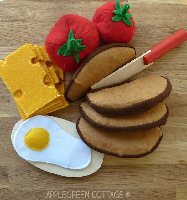 felt play food - sewing tutorials