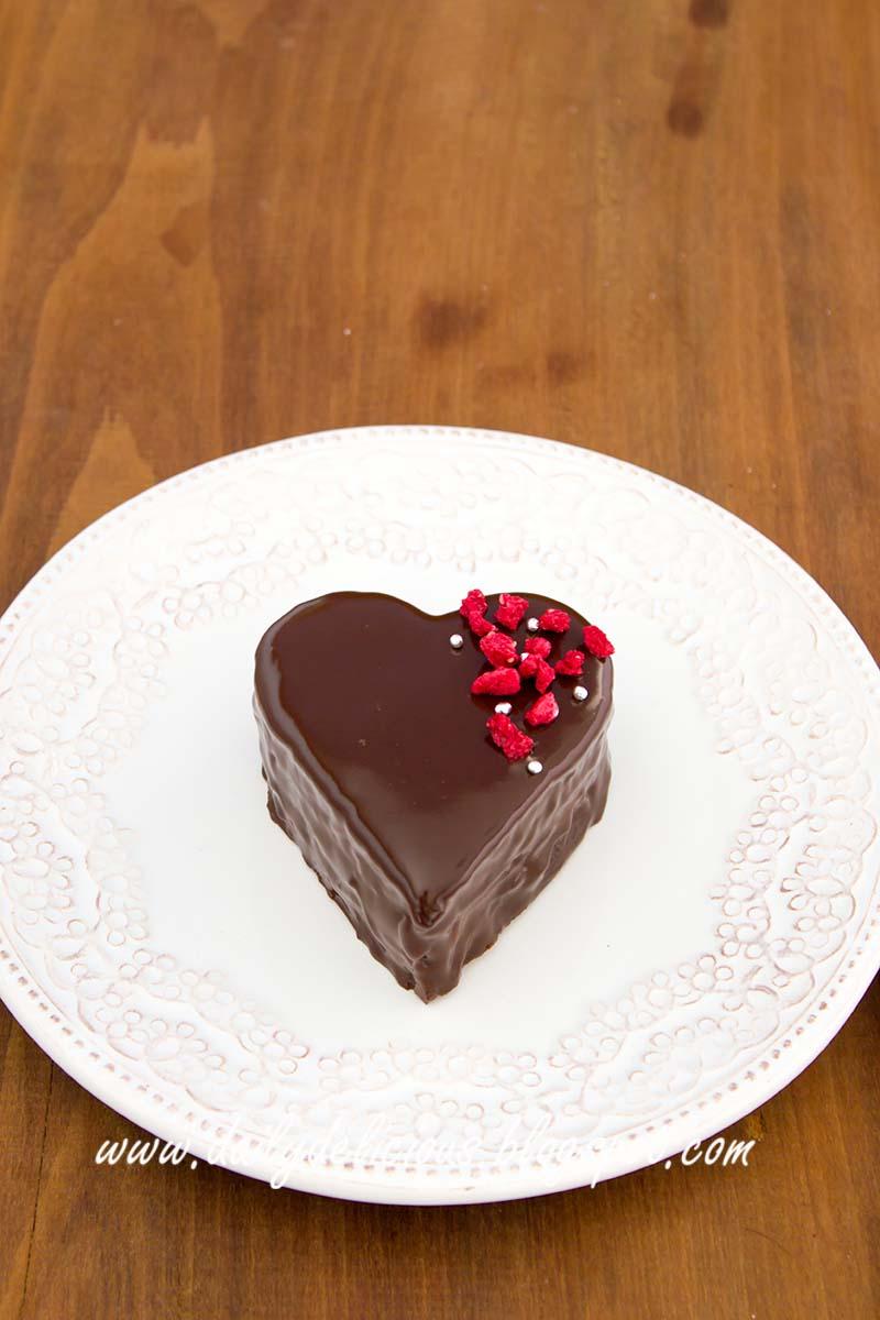 Chocolate Raspberry Ganache Cake Neopets
