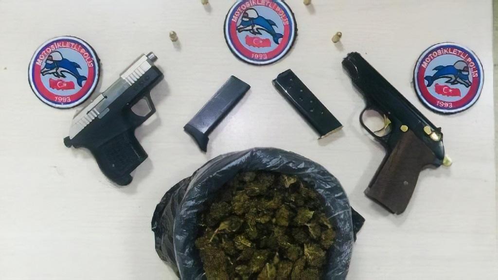 Uyuşturucu tacirlerinden polise ilginç teklif