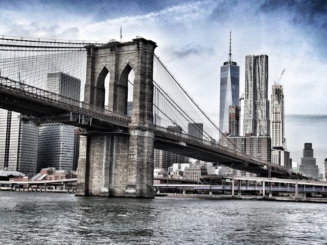 Câu chuyện đầy cảm hứng đằng sau cây cầu nổi tiếng thế giới Brooklyn