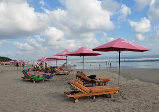 Tempat Wisata Di Bali - Pantai Seminyak