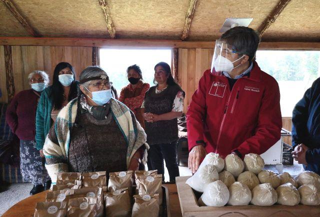 Pequeños agricultores de Quellón