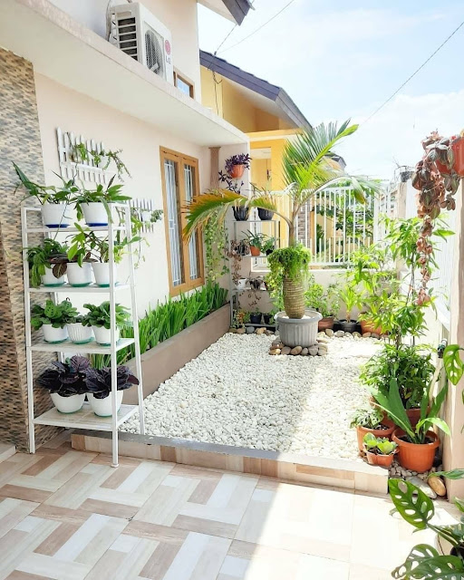 Gambar Teras Belakang Rumah Minimalis Sederhana Terbaru
