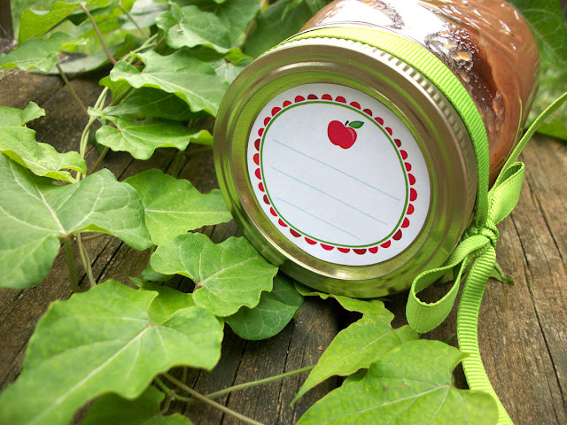 Fun Apple Mason Jar Labels