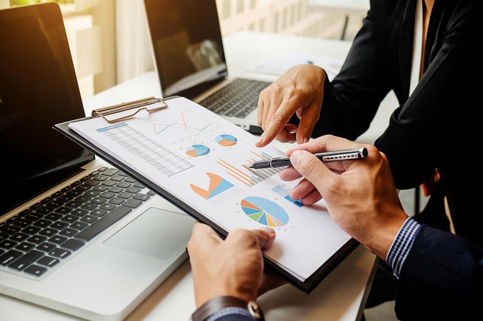 استخدام بعض البيانات في إعداد خريطة ربحية لشركة ما باستخدام معالج التخطيطات في برنامج Microsoft Excel