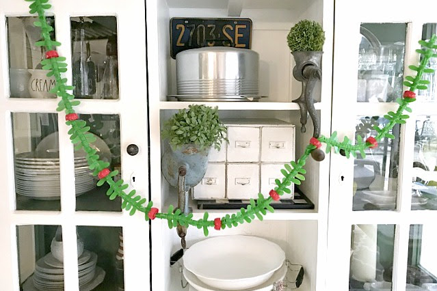DIY Repurposed Christmas Garland