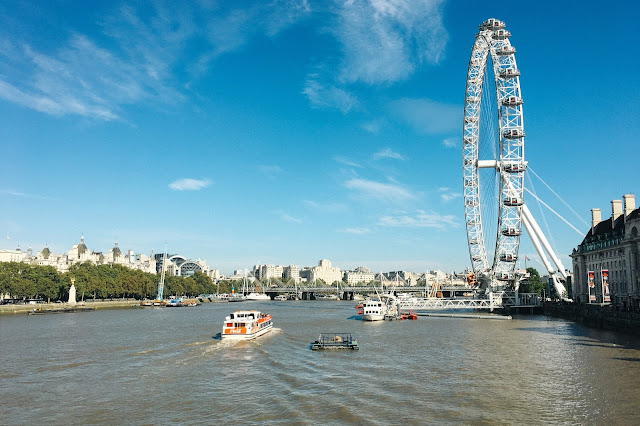 ウェストミンスター橋(Westminster Bridge)からの眺め