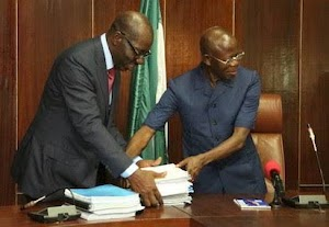 What Most People Didn't Know About 'Huge Debts' Oshiomhole Left For Me - Obaseki