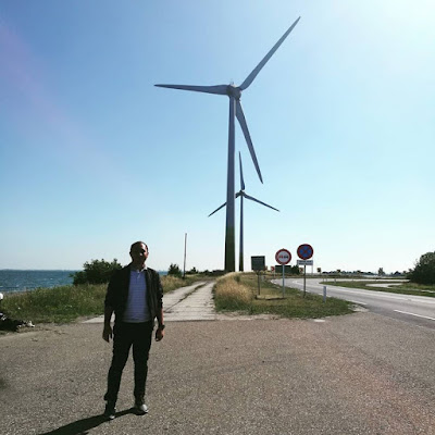 Singgah jap tepi jalan sebab excited dapat tengok windmill yang letrik punya