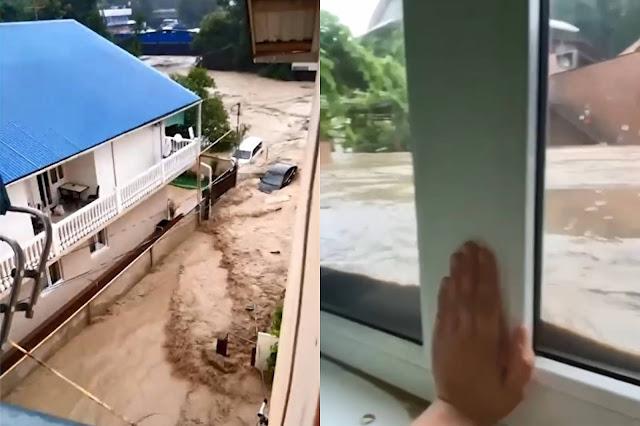 Страшные видео от очевидцев, как курорты Краснодарского края ушли под воду из-за сильнейшего шторма