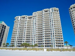 Silver Beach Towers Condos, Destin FL real estate sales and vacation rental homes by owner. For Sale