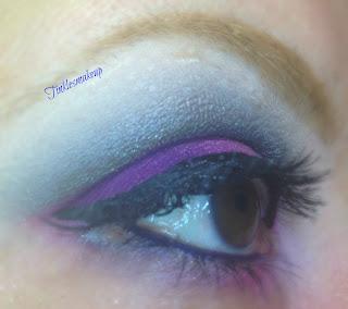 eye_makeup_look_charcoal_purple