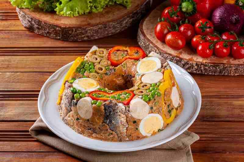 Cuscuz Paulista, um prato fácil e decorativo! Perfeito para quem não tem prática na cozinha.