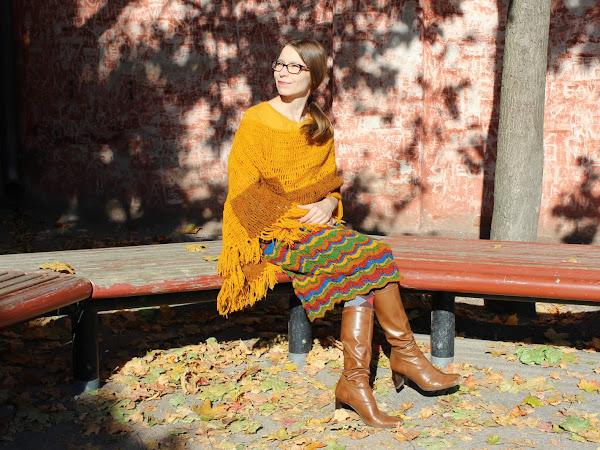 Virkattu poncho ja siksak-neulehame - Crocheted poncho and a knitted zigzag skirt