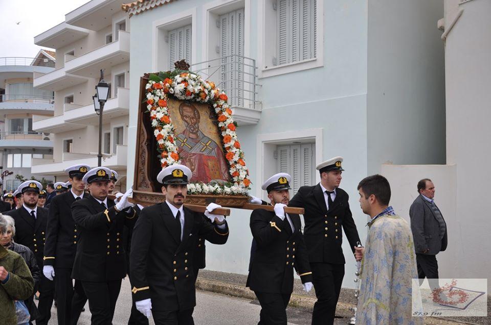 Παρουσία πλήθους πιστών η λιτάνευση της ιερής εικόνας του Αγίου Νικολάου στην Πρέβεζα