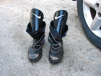 安全靴と脛当て