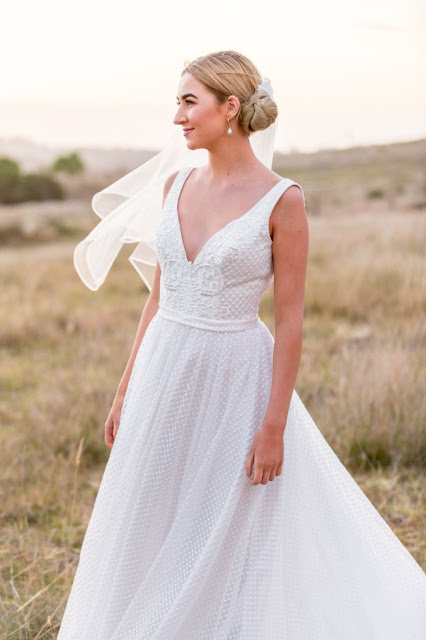 JESSICA R HEATH PHOTOGRAPHY TOOWOOMBA WEDDING PHOTOGRAPHER BRIDAL GOWN AUSTRALIAN DESIGNER