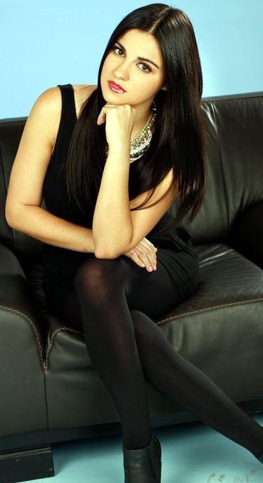 Foto de Maité Perroni con cabello lacio