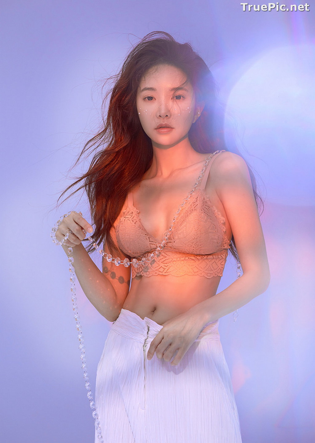 Image Korean Fashion Model - Park Soo Yeon - Salmon Pink Lingerie - TruePic.net - Picture-1
