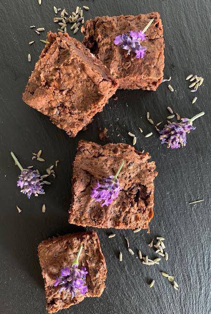 Lavendel, Schokolade, Brownies, Rezept, glutenfrei, vegan, schnell, einfach, backzeit, ohne ei, lecker