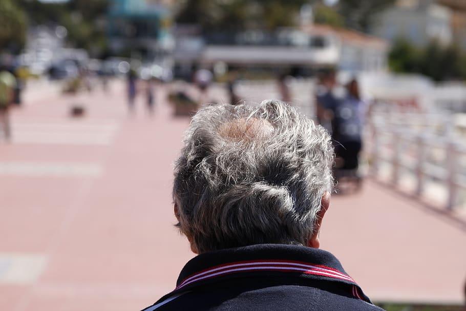 tips mengatasi rambut yang rontok