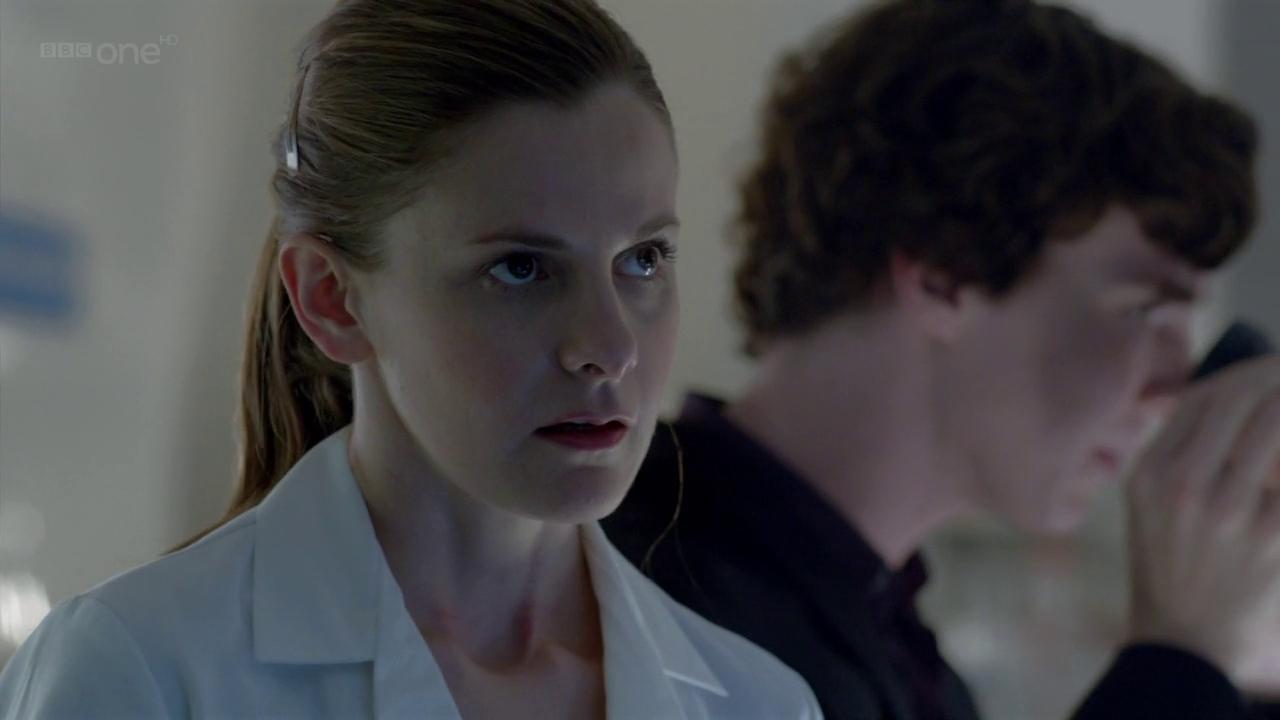Louise Brealey en Sherlock