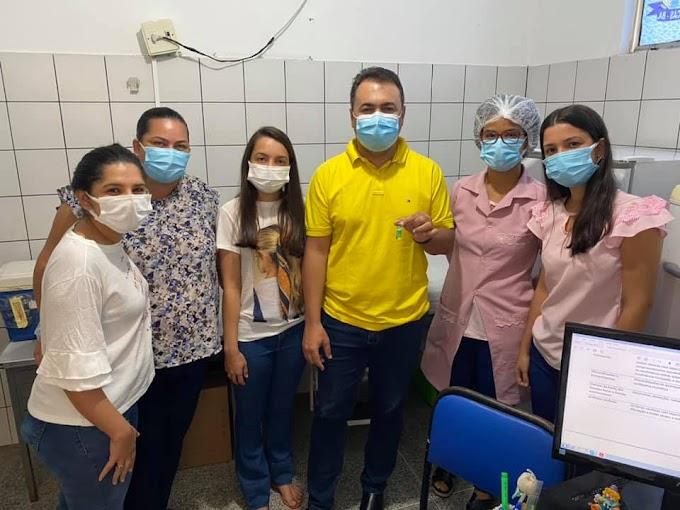 Barrocas: Prefeito anuncia chegada de 160 doses da vacina Oxford/AstraZeneca