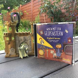 """""""Wohin mit den Gespenstern"""" ist ein Hörspiel zum Englisch lernen für Kinder von 5-10 Jahren, Rezension auf Kinderbuchblog Familienbücherei"""
