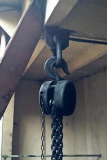 lifting gear: hoist