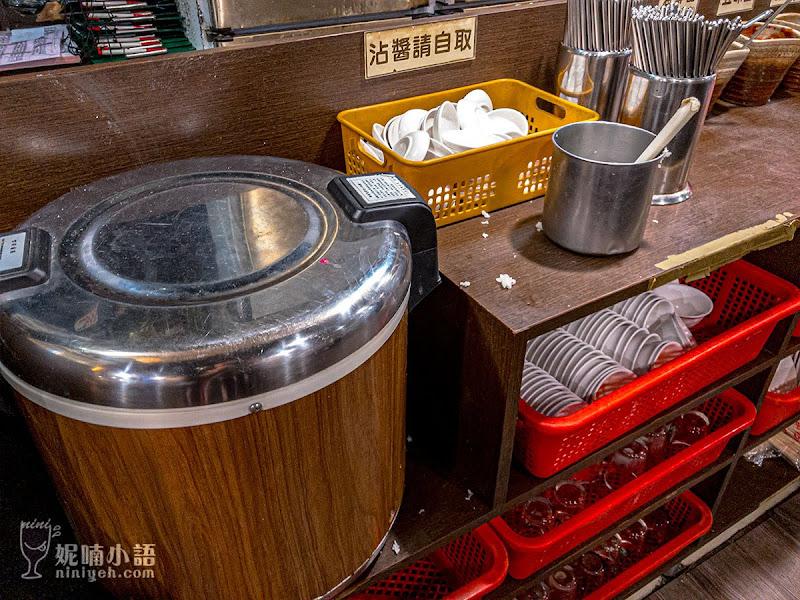 【台北六張犁站美食】品鱻100元熱炒。晚上十點還要排隊的超人氣熱炒店